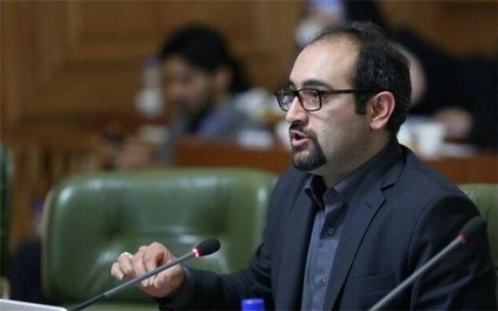 انتقاد نظری از تعطیل نشدن کامل شهر تهران