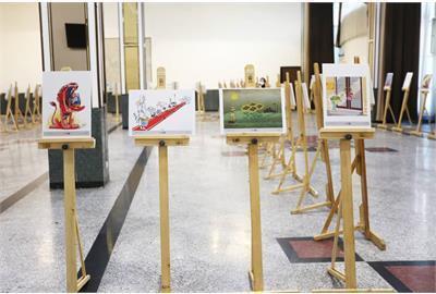 شریعتمداری در مراسم جشنواره کاریکاتور کارا : هنرمندان با زبان طنز از ما انتقاد نمایند